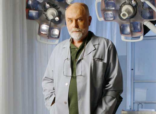 Robert David Hall (Dr. Al Robbins). Bild: Sender